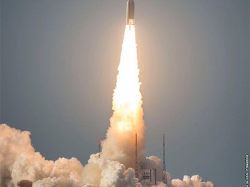 Fast satellite broadband on horizon as 'Sky Muster' launches